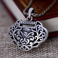 Black silver jewelry wholesale 990 sterling silver jewelry retro matte openwork Pendant 024437w female longevity lock