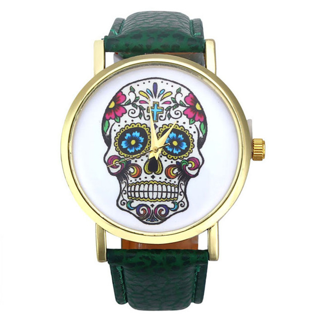 2018 New Brand Fashion Punk Skull Men Dress Quartz Leather Rivets Bracelet Watch