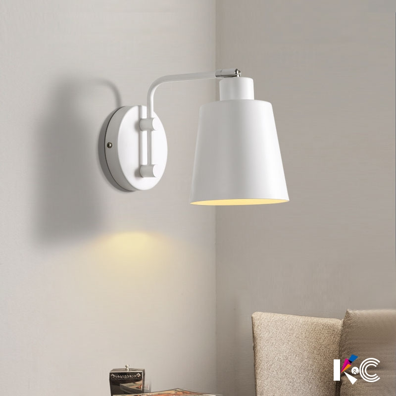 Işıklar ve Aydınlatma'ten Duvar Lambaları'de Modern İskandinav Duvar Lambası Akrilik Yuvarlak cam küre Monte Işık LED iç mekan aydınlatması Restoran Oturma Odası için Yatak Odası Koridor title=