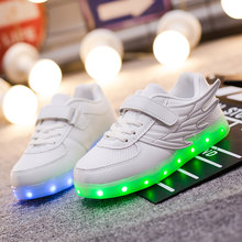 Kids Boys Sports Sneakers Children Glowing Kids Shoe Chaussure Enfant Girls Shoe With LED light Children Glowing Shoes Princess(China)