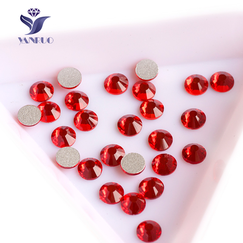 YANRUO 2058NoHF Light Siam Non Hot Fix Rhinestones Flat Back Crystals Nail Art Stones Flat Back Rhinestone Stones հագուստի համար