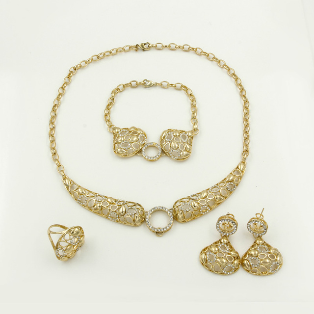 Special Sales Fashion Jewelry Quality Crystal Necklace Earrings