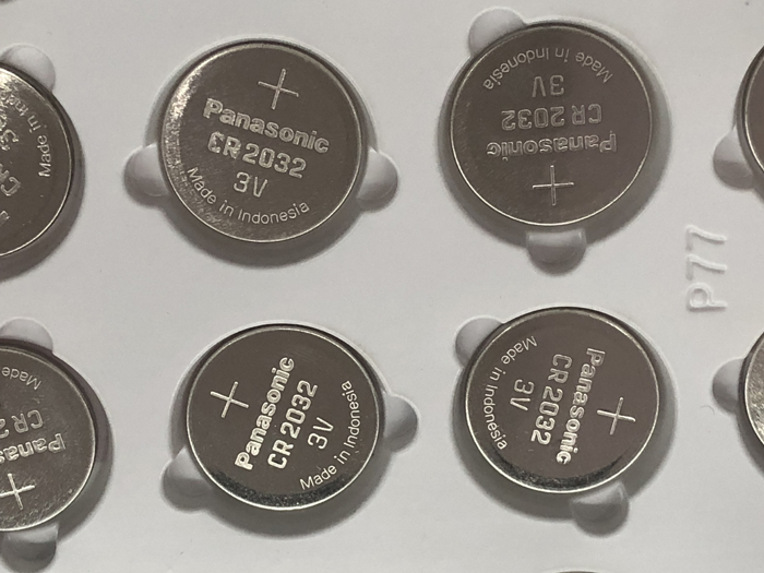 100pcs/lot <font><b>Panasonic</b></font> CR2032 3V Lithium Button Cell Battery Batteries For Watch Car Calculator Coin Battery CR <font><b>2032</b></font> image