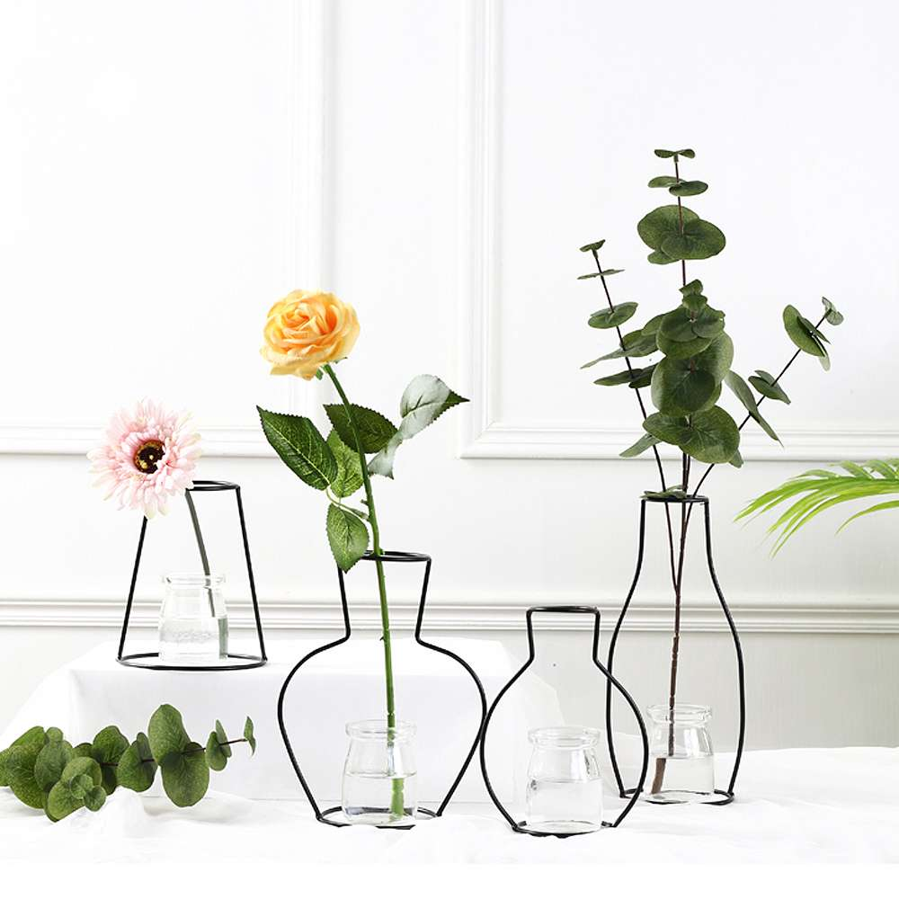 Home Minimalist Flower Metal Vase Black Rack Flower Vase Racks Flower Black Lines Ornaments Home Party Decoration fake rose flowers