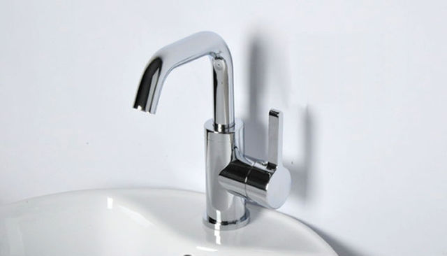 Free shipping Single Hole home kitchen Swivel Faucet Brass Mixer rotation Tap hot and cold water deck mounted