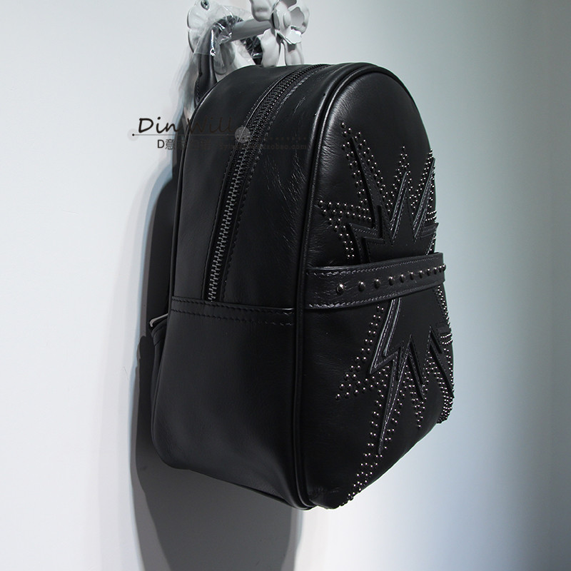 En Frais Street Européenne Cuir Sac Casual Black À Américain Filles Style Motif Rivet Dos Mode Bolsa Punk Femelle Noir Feminina Ow4qzz