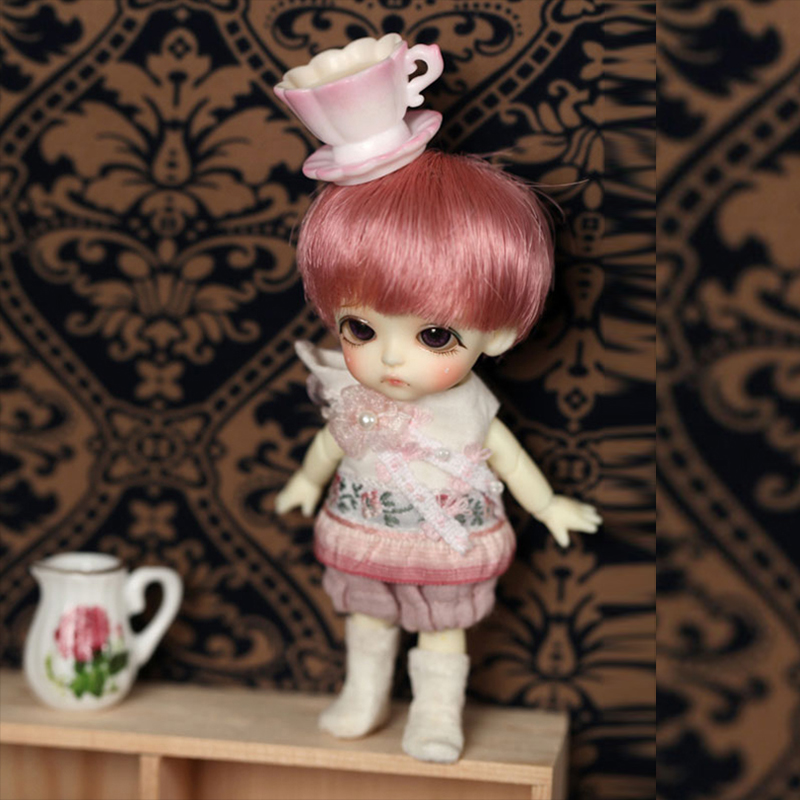 1 12 BJD white doll Belle