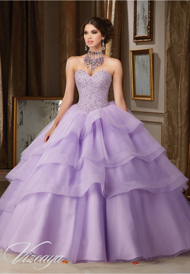 d8482b3b7 lavender Quinceanera Dresses vestido debutante 15 anos barato Sweetheart  Full Beaded Bodice Tiered Party Gowns -in Quinceanera Dresses from Weddings  ...