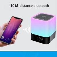 Nuevo PANYUE venta al por mayor 10 piezas táctil inteligente Altavoz Bluetooth inalámbrico de música reloj LED