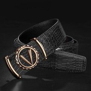 Image 3 - デザイナーベルト男性高品質の高級 100% リアル牛革本革ヴィンテージ 3.3 センチメートル男性ベルト手紙 V 合金バックル