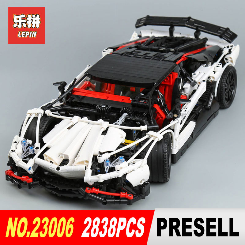Lepin 23006 2838Pcs Genuine MOC Technic Series The Hatchback Type R Set Building Blocks Bricks Toys for Christmas Gifts Model lepin 20054 4237pcs the moc technic series the remote control t1 classic volkswagen camper set 10220 building blocks bricks toys