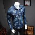 2017 Nueva Ropa de Los Hombres Camisa de Marca de Manga Larga de Mezclilla Camisa de Los Hombres primavera Casual Slim Fit Turn Down Collar Floral Jeans Camisas Para Hombre