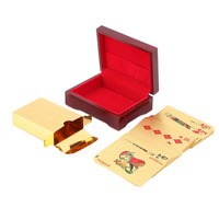 Banhado A ouro Euro Padrão de Cartas de Jogar 24 k Banhado A Ouro de Poker Baralho Completo Puro Presente de Natal 110*80*40 milímetros