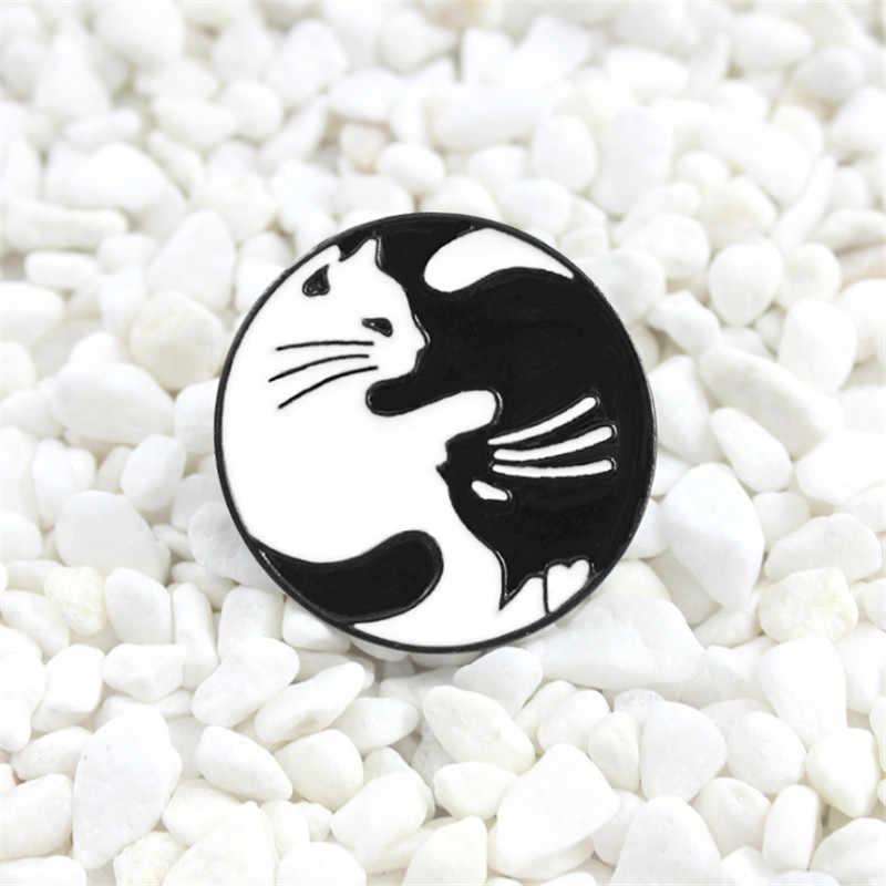 Черно-белый эмалированный булавка для кошек брошь Сплетница Ангел пара джинсовый вязаный значок на рюкзаке друзья броши для любимой украшения лучшие подарки