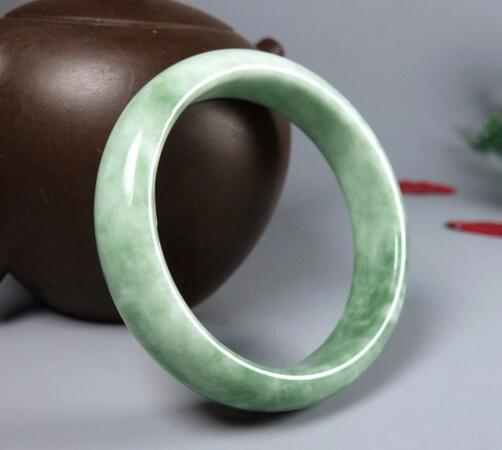 Natural authentic A goods jade color jade bracelet female models Guizhou Cui light green floating flowers стоимость