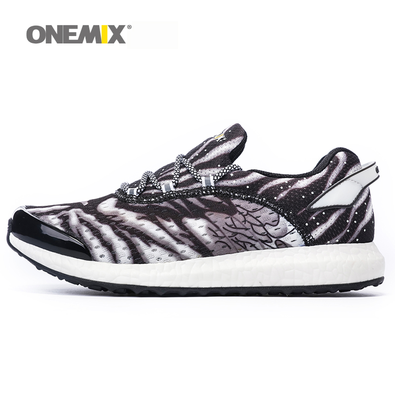 ONEMIX running shoes for men comfortable luminous jogging shoes for male outdoor walking jogging shoes light breatheble sneakers onemix men