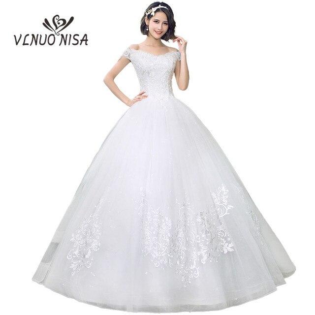 חדש אופנה זול שמלות כלה 2018 סירת צוואר סקסי כבוי כתף מותאם אישית בתוספת גודל תחרה רקמה אלגנטי נסיכת C