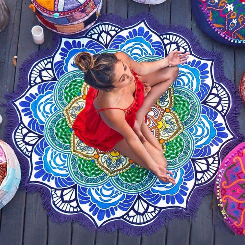 Nueva Toalla de playa redonda Tapices borla decoración con pequeñas bolas flores patrón 147*147 cm mantel circular Yoga picnic esterillas