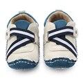 Nueva Primavera Otoño Cruzada atada A Mano de Cuero Nobuck Suela TPR Zapatos de Bebé Bebé Zapatos Deportivos 0-15 meses