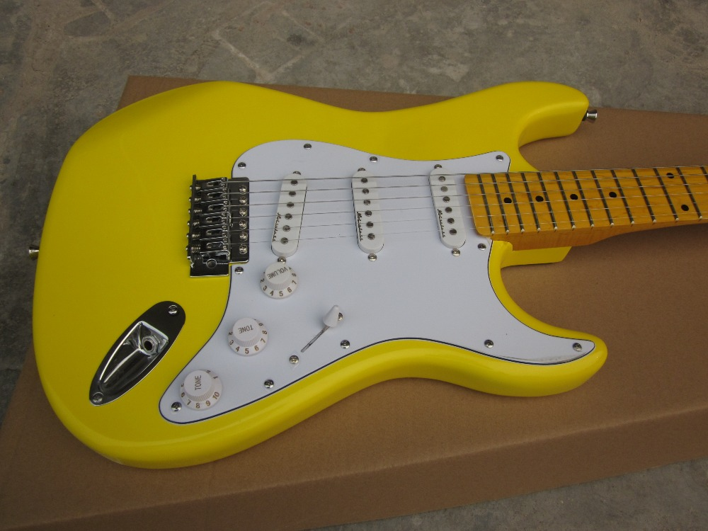 Free shipping Wholesale hot fen st electric guitar/yellow guitar with maple neck/guitar in china  цены