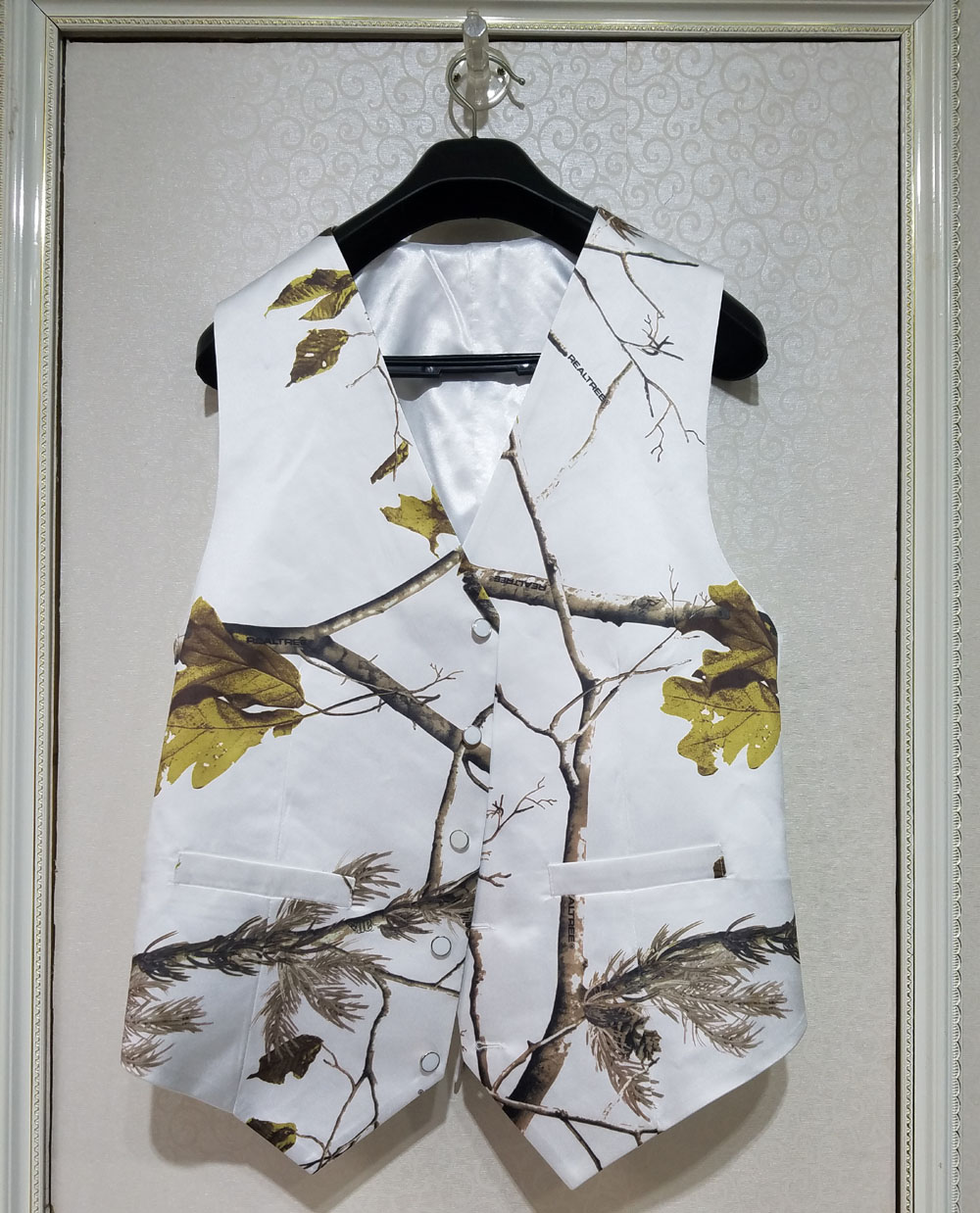 White Camo Men Tuxedo Vest Groom Wear Wedding Vests Camouflage Custom Make Free Shipping Sufficient Supply