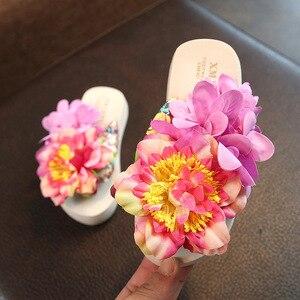 Image 2 - Xmistuo Family Gemonteerd Kind Slippers Seaside Vakantie Tij Baby Flip Flops Schoenen Slip Handgemaakte Bloem Strand Ouder Kind schoenen