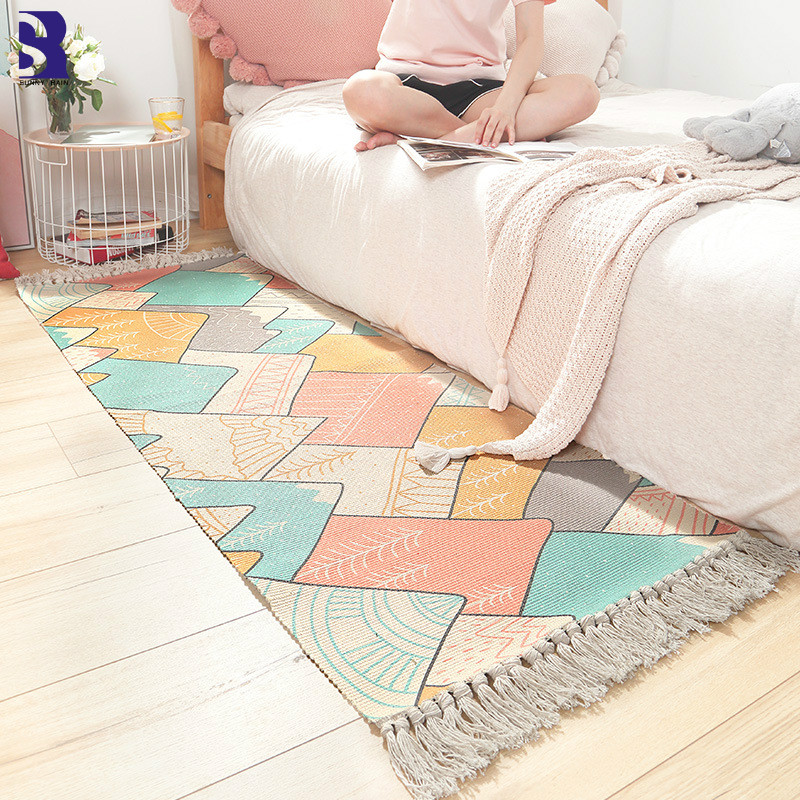 SunnyRain 1 Piece Cotton Knitted Area Rug for Bedroom Tassle Rugs Washable