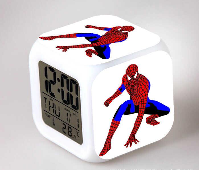 Figura de acción del Anime de Spiderman, LED multifuncional que cambia de Color, brillante, reloj despertador Digital, muñeca de juguete brillante