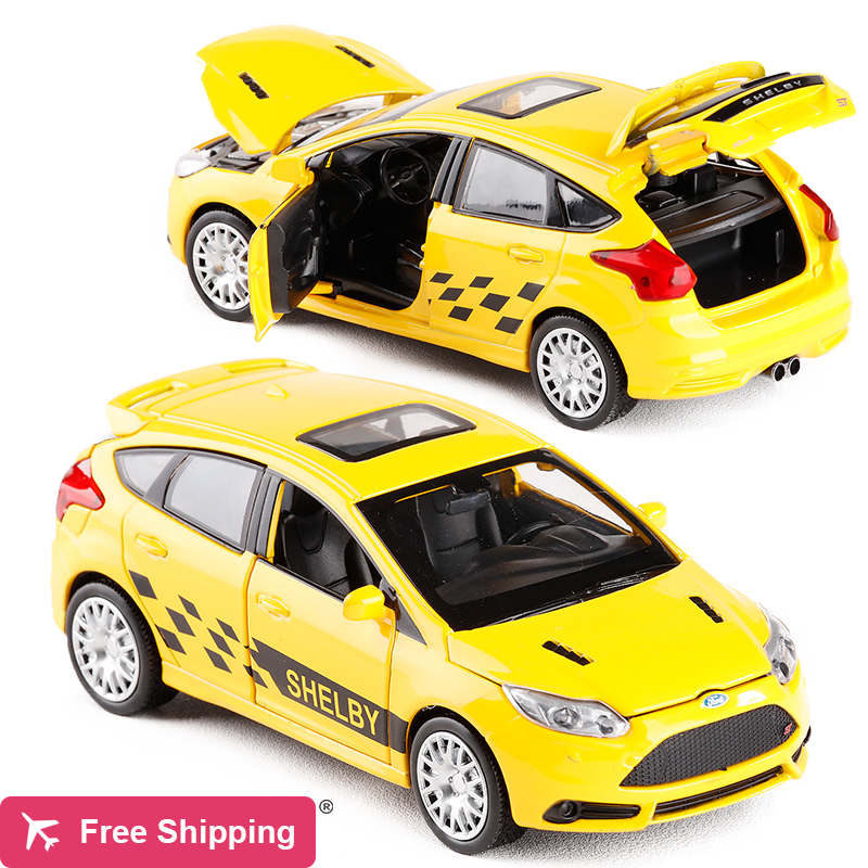 New 1:30 Ford Focus Alloy Diecast Car Model Toy Electronic Metal Car With Light Sound Pull Back For Kids Toys Gift Free Shipping