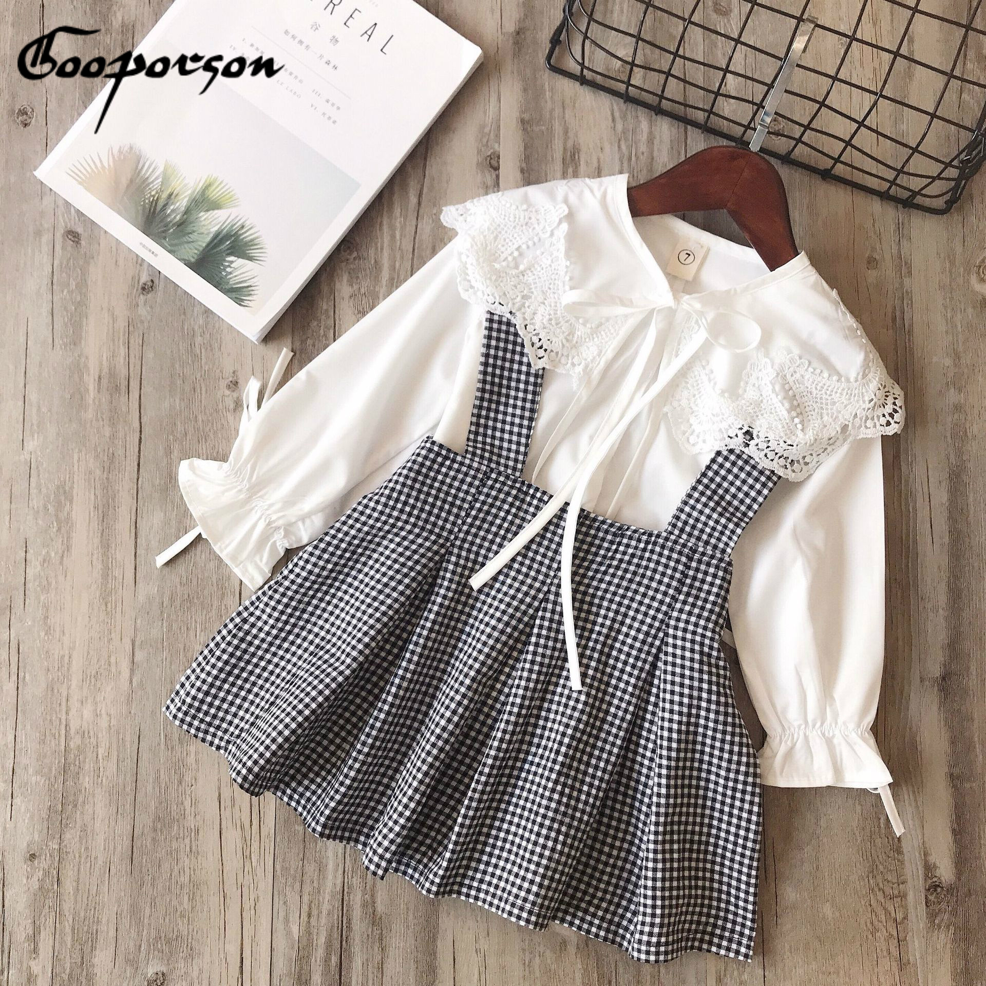 Christmas Baby Girls Outfit Set Cute Long Sleeves Ruffle Sleeves Shirt Solid Top+Floral Embroidery Overalls Skirt Set