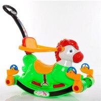 Nieuwe Kinderen Schudden Hoefijzer Houtsnijwerk Multipurpose Zuigelingen En Jonge Sliding Vierwielig Speelgoed Met Push Walker Met Putter