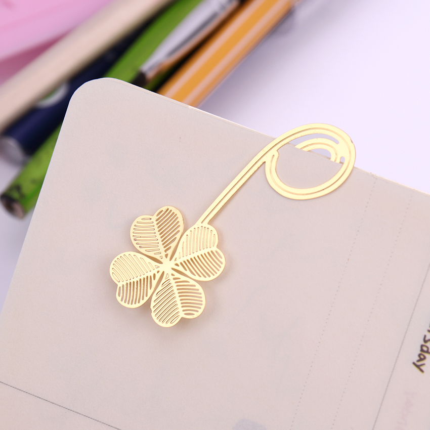 1PC New Four-leaf Clover Reading Metal Clip Bookmark Gift Book Mark For Kids