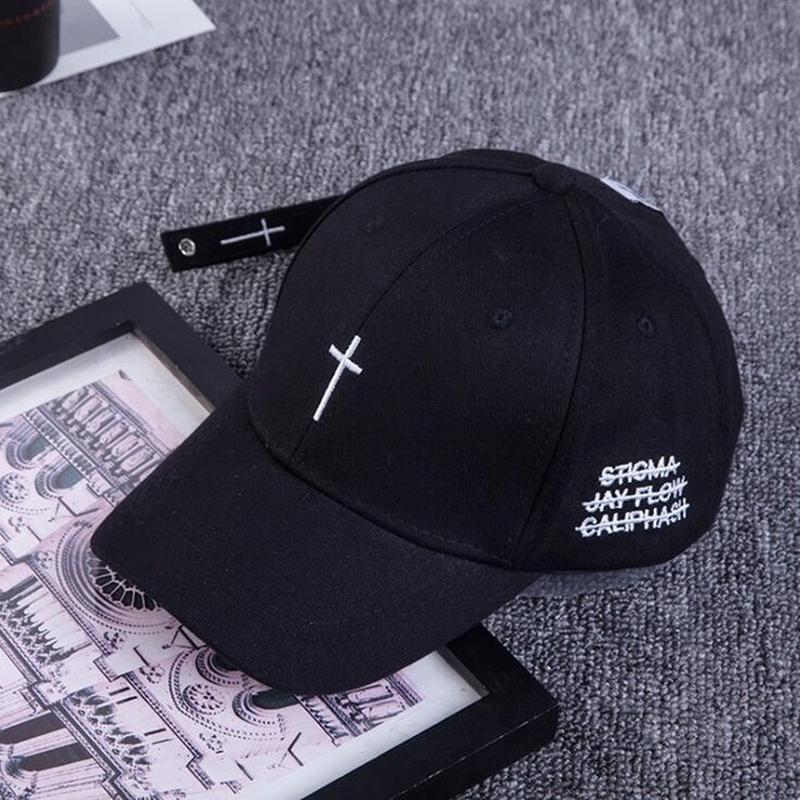 New Summer Simple Cross Embroidery Baseball Caps Bent Visor Hat Hip Hop Streetwear Black White Hats Adjustable Fashion Dad Cap