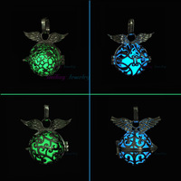 1pcs Filigree Lunimous Glow In Dark Locket Steampunk Wings Hollow Cage Diffuser Lockets Pendant Necklace For