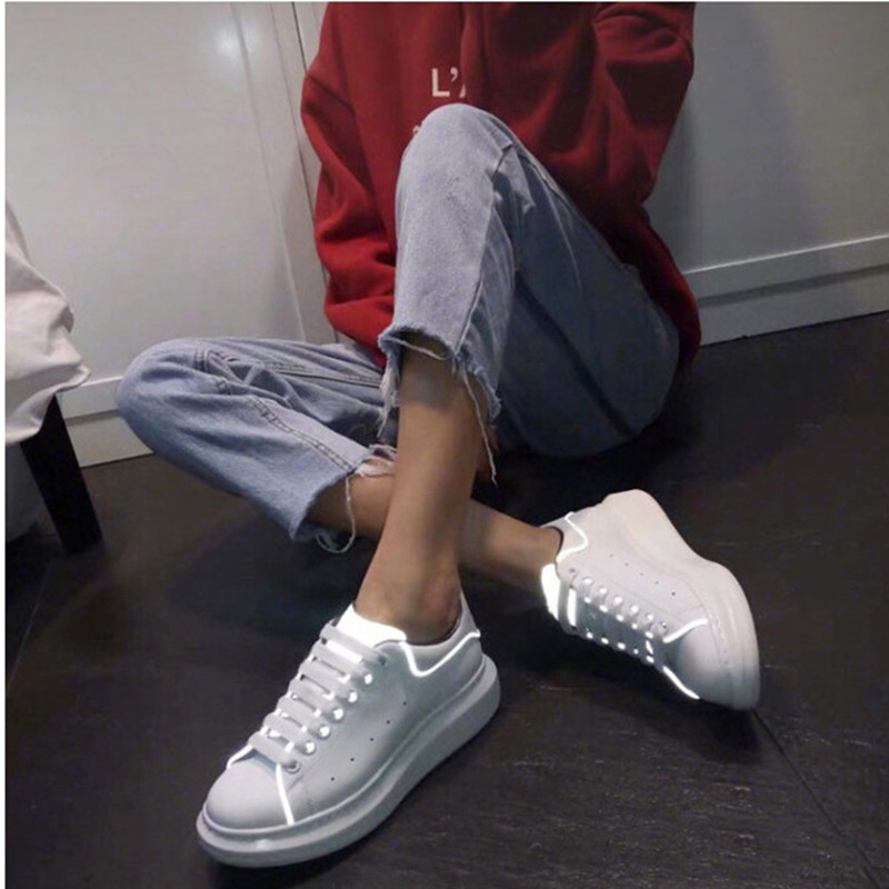 Suihyung Reflective Light Women Flats Real L eather Casual White Shoes Flat Platform Sneakers Ladies Lace