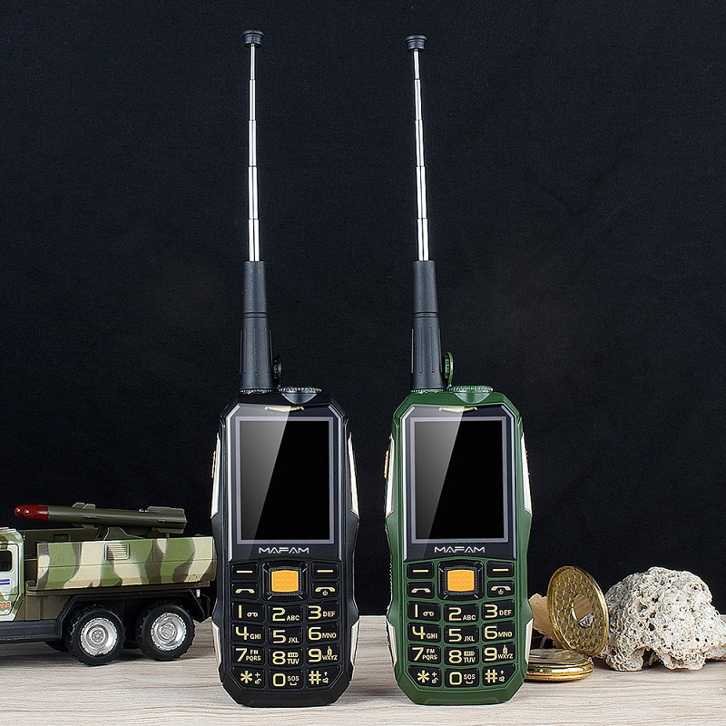 Dual SIM UHF Walkie Talkie Wireless Free PTT External FM Power Bank Facebook Rugged Big Sound 3D Speaker Cell Phone P156