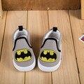 Nova Outono Crianças Sneakers Crianças Sapatos de Lona Meninas Sapatos de Bebê Primeiro Walker Sports Sapatos Do Homem Aranha Batman Meninos Sapatilhas Do Bebê