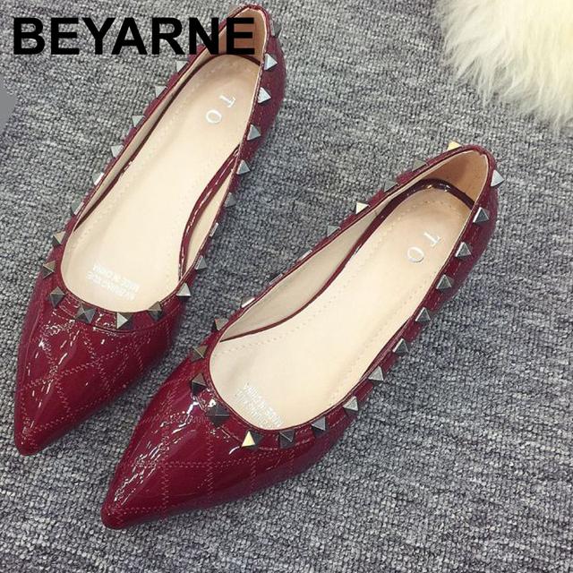 Recién llegado de punta estrecha zapatos de las mujeres solteras de moda diseño suave femenina ballet casual zapatos de trabajo zapatos de mujer solos zapatos de cuero de trabajo