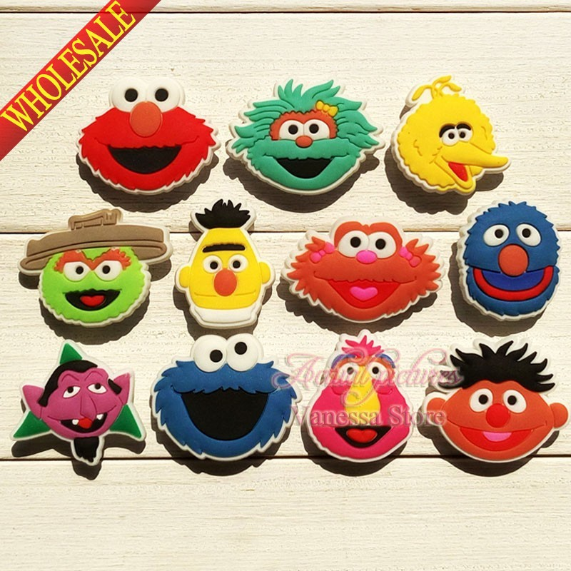 Wholesale 100pcs sesame street shoe charms shoe accessories for wristbands croc jibz best gift for shoe decoration Kids gift стоимость
