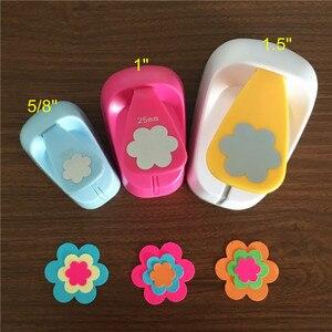 Image 1 - 3 sztuk (16mm, 25mm, 38mm) kwiat kształt dziurkacz ręczny zestaw dzieci instrukcja kwiaty dziurkacze cortador de papel de księga gości płatek cios