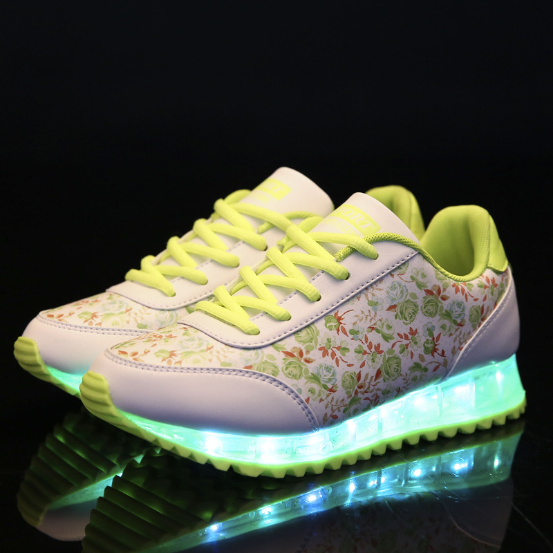 Floral colorful couple shoes boys and girls luminous plate shoes USB rechargeable LED lights shoes lace sneakers 2017 new fashion kids sneakers led luminous usb rechargeable boys casual shoes size 25 37 girls colorful flashing lights shoe