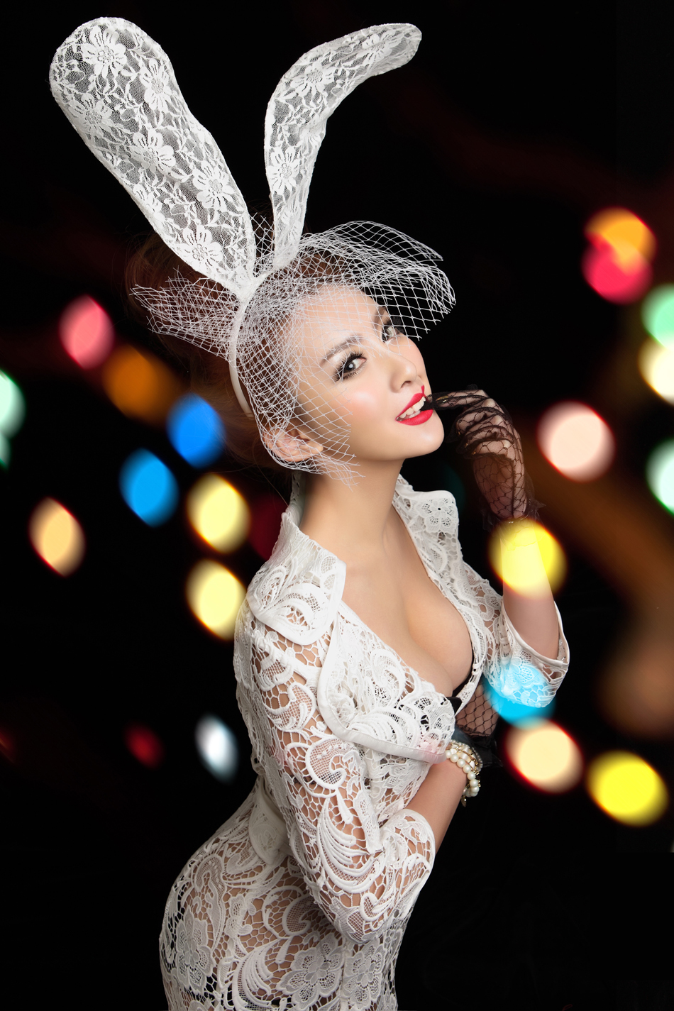 Free-shipping-2014-NEW-woman-s-Party-mask-rabbit-ears-veil-Sexy-bunny- Halloween-lace-mask.jpg