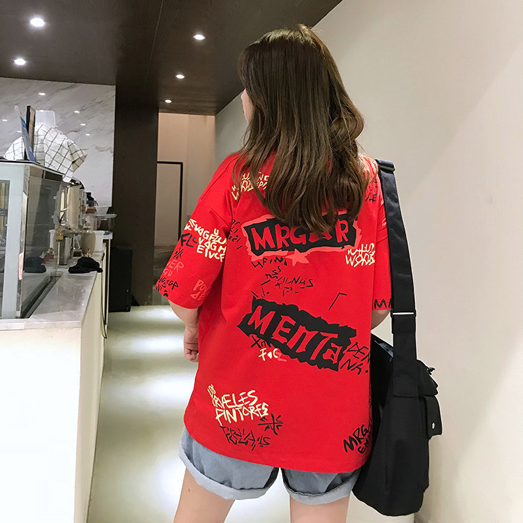 T-shirts Women Graffiti BF European Style Loose Harajuku Hip Hop Streetwear Chic Couple Clothes Unisex Daily Tshirt Womens Soft 96