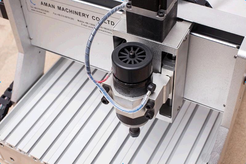 Offre spéciale nouveau style 4 axes min CNC routeur à bois
