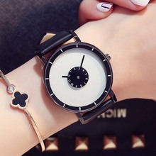 Casual Women Watches Stylish Turntable Creative Watch Leather Quartz Clock Female Lover Sport Wristwatch Relogio Feminino
