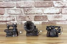 Home decoration gift -Mini Hand-cranked Music Box Retro Gramophone Resin Crafts Case Kids Toys Birthday Christmas Gift