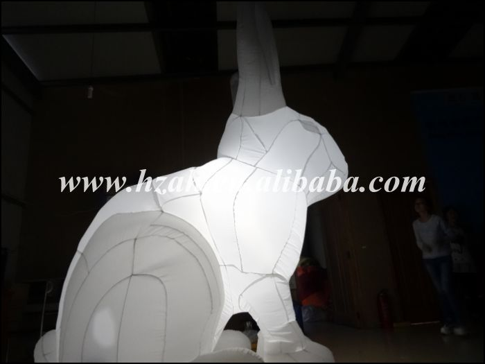 Giant Inflatable Rabbits Inflatable Bunny with White Light for Advertising Decoration inflatable cartoon customized advertising giant christmas inflatable santa claus for christmas outdoor decoration