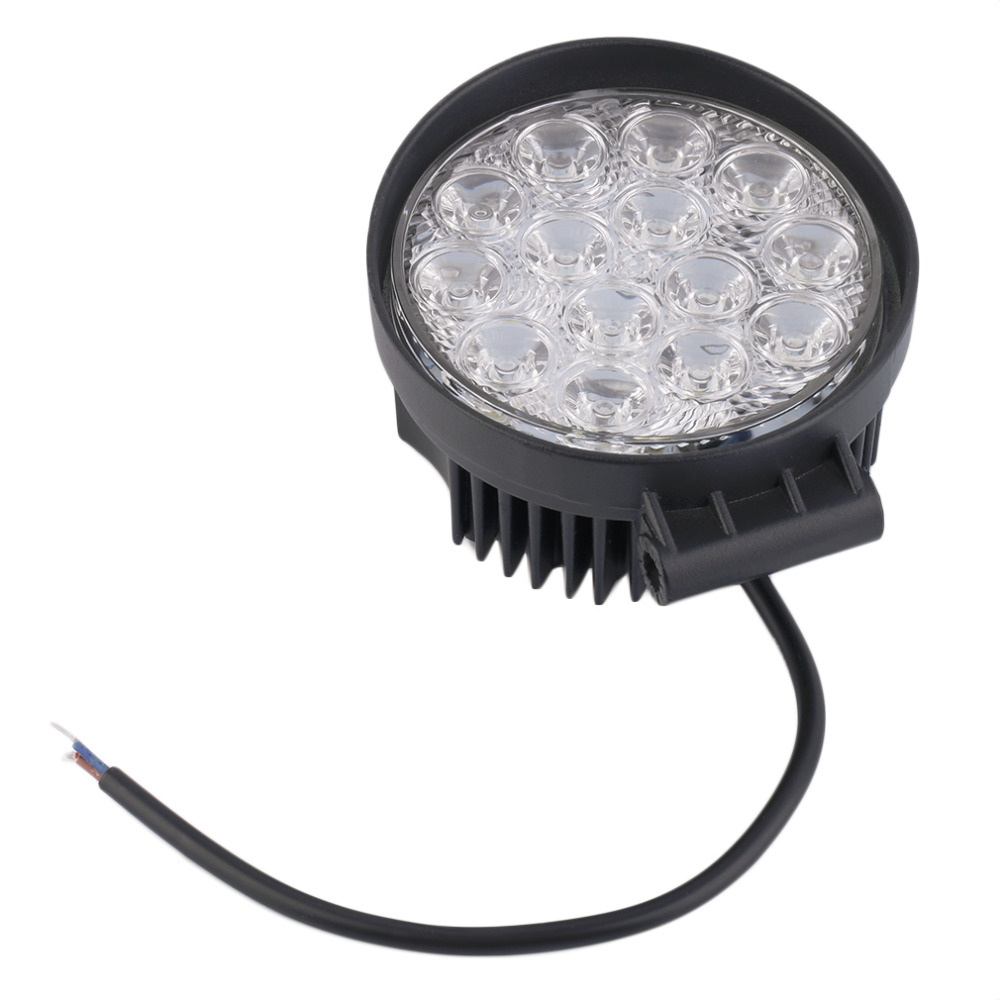 New 42W Off Road Flood Light Waterproof Round LED Work Light LED flood Lamp for Car Truck Boat SUV ATV hot selling
