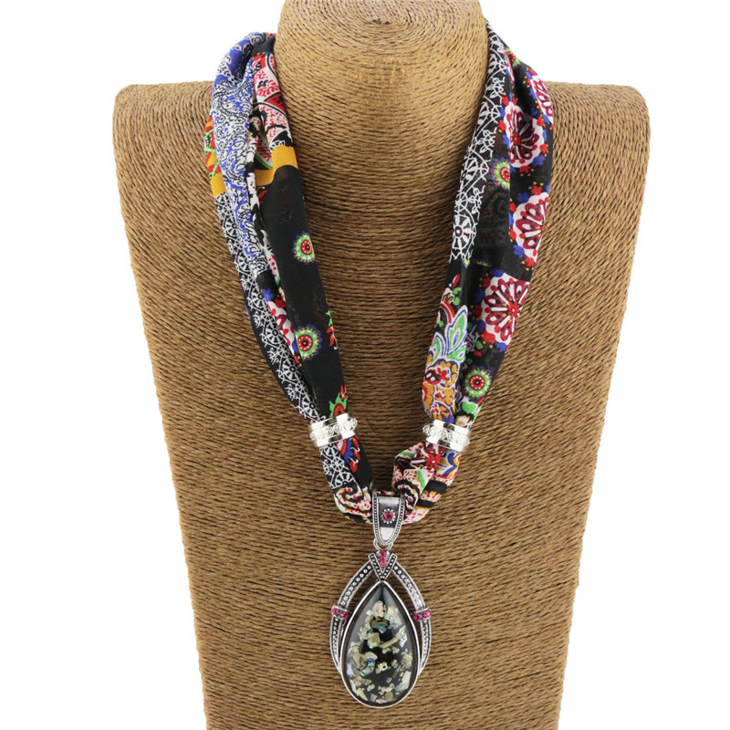 LaMaxPa 2018 New Fashion Women Jewelry Pendant Chiffon Scarf Bohemia Shawls And Wraps Soft Female Accessories High Quality