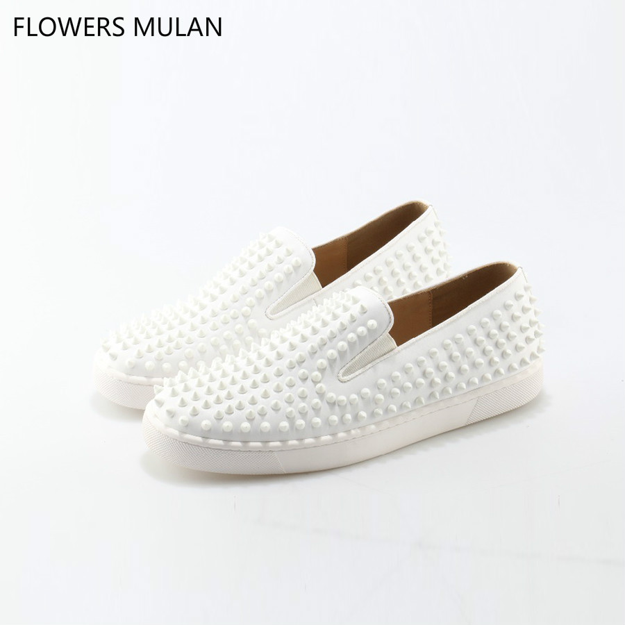 2018 New Shoes Man White Leather Cozy Flats Loafers Rivets Round Toe Men Dress Wedding Shoes Fashion Footwear Sneaker Zapatos 2017 new spring imported leather men s shoes white eather shoes breathable sneaker fashion men casual shoes